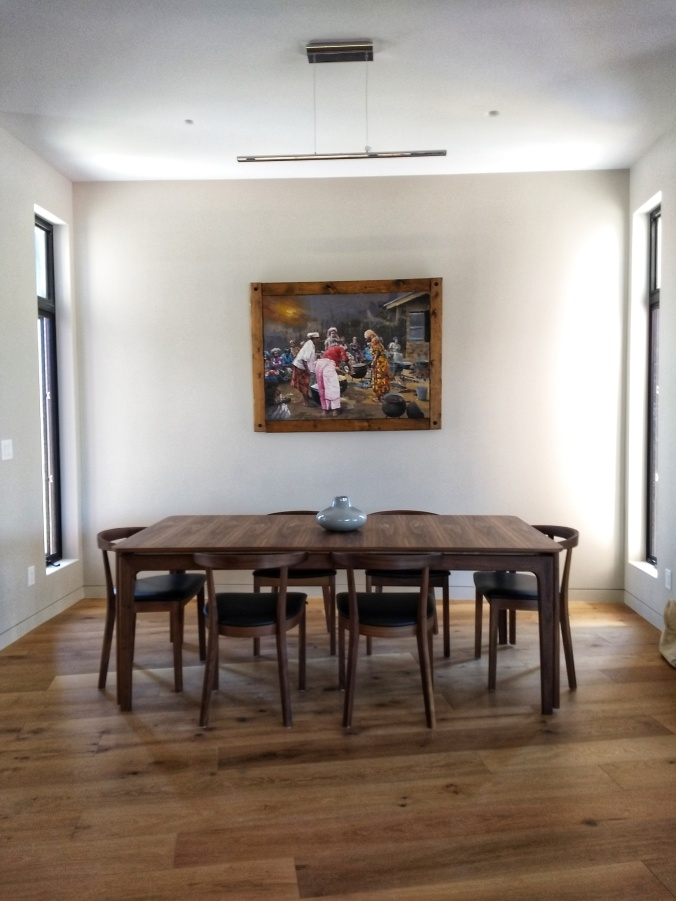 Dinning Room with Painting